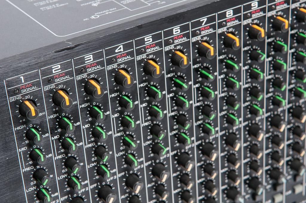 Roland M 16e Line Mixer With Eq Bn1studio