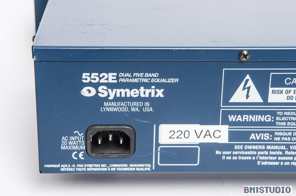Symetrix 552E Stereo Parametric Equaliser