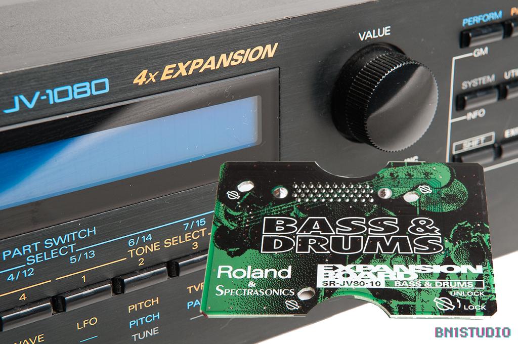 Roland JV-1080 + Bass & Drums Expansion Bundle